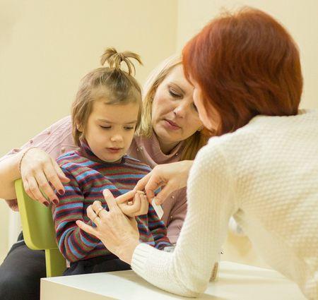 Как научить ребенка читать слоги?